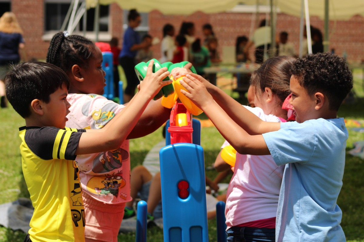 Thumbnail for New Windsor Hosts Kindergarten Moving Up Ceremony!