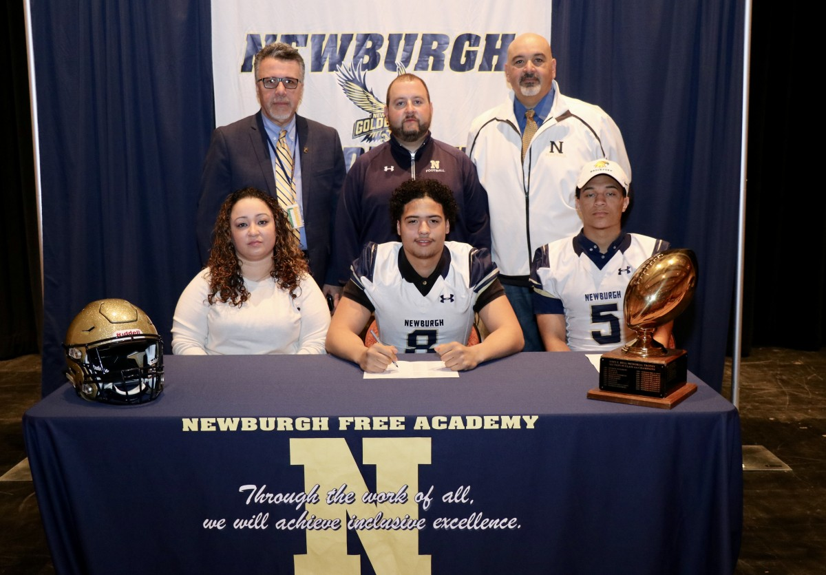 Wayne Murray, #8, tight end and defensive line, will be attending Morrisville State College and plans to study computer science.