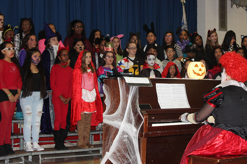 Halloween Concert, Group Photo