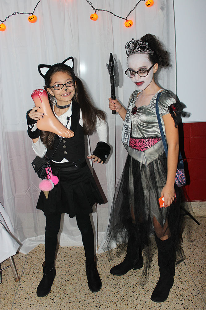 Halloween Dance, Students 1