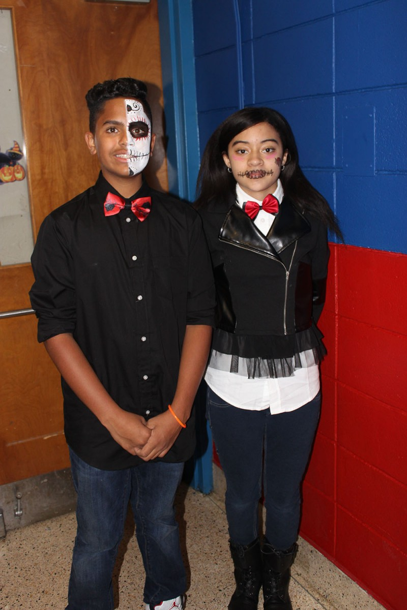 Halloween Dance, Students 2
